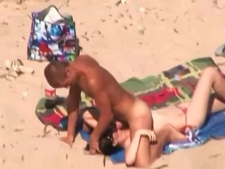 college girl beach couple